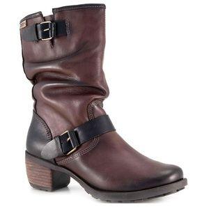 The Pikolinos Le Mans slouchy calf boots. SZ-40
